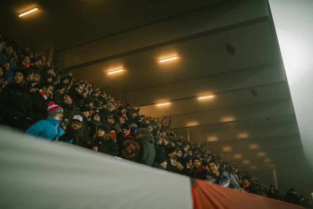 Gegentrib�ne - Stadion Sch�tzenwiese
