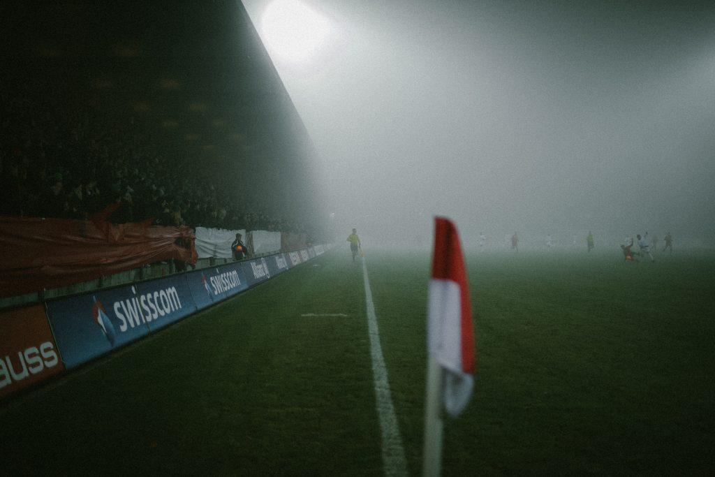 Nebel beim Fussballspiel FC Winterthur gegen FC Z�rich